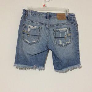 American Eagle short jean
